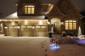 outdoor lighting can turn your home into a winter wonderland