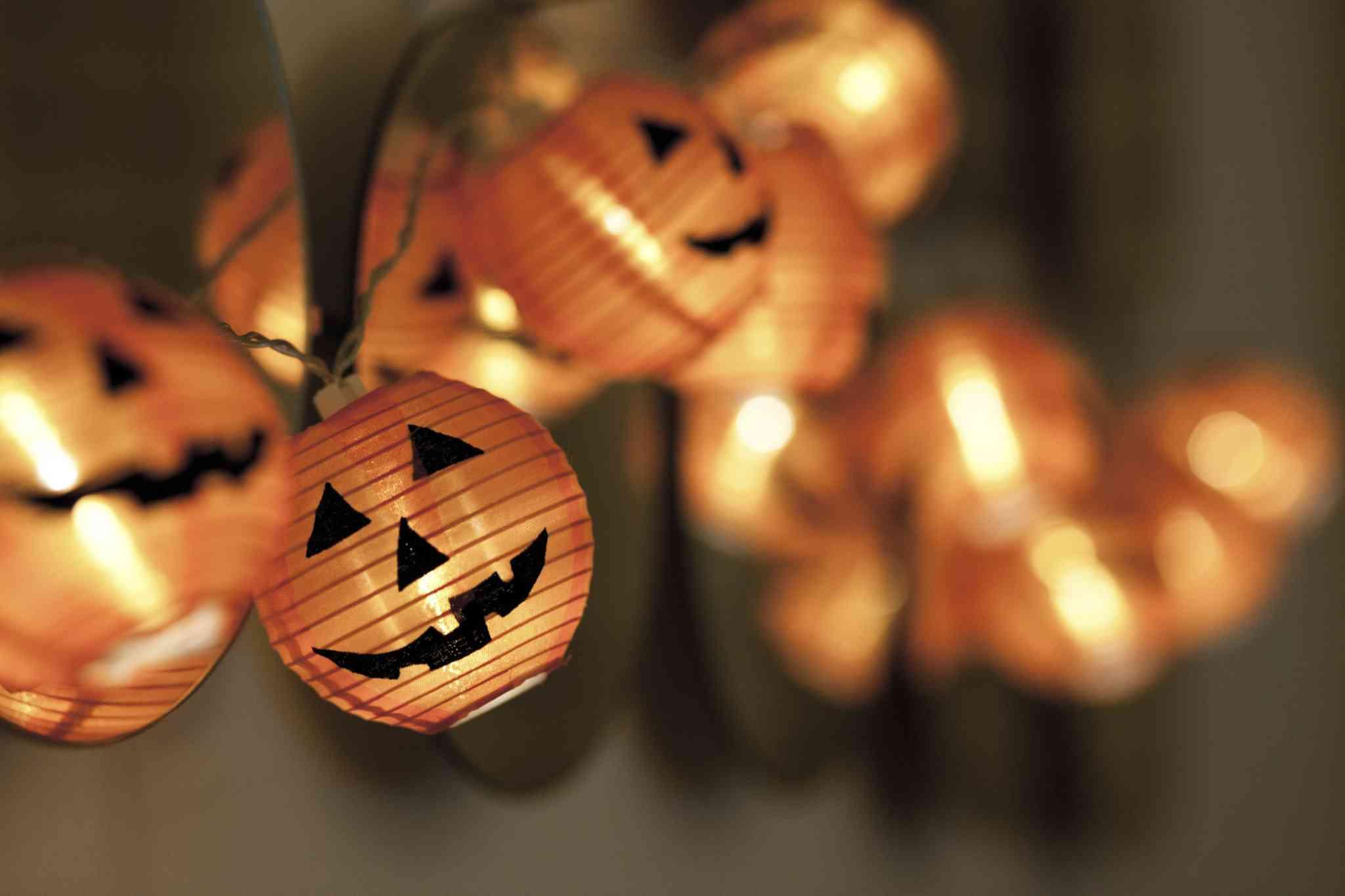 Funky Indoor String Lights : Spooky and Fun Halloween Lighting Tips
